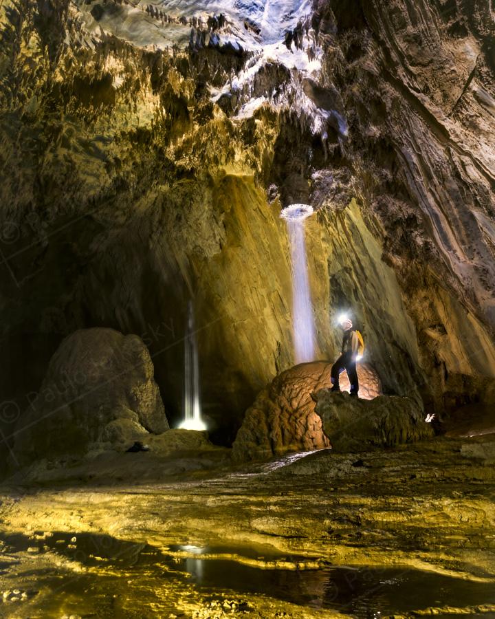 cave PAJ-2-2